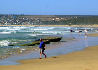 Boggomsbaai_beach_with_Vleesbaai_in_the_background_-_panoramio